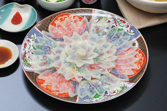 とらふぐ刺身2-3人前陶器皿盛り付け例